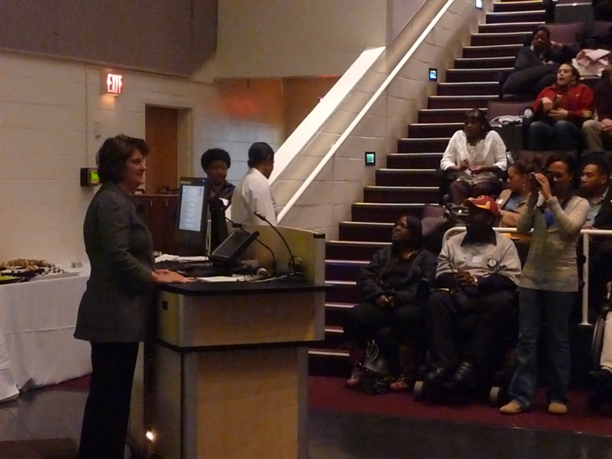 Virginia first lady Anne Holton addressed AmeriCorps members and led them in reciting the AmeriCorps pledge.
